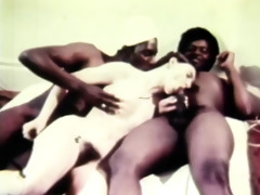 hot retro threesome coitus