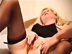 misstress nicole rubs, cums and copulates