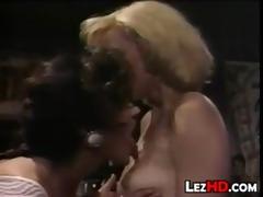 vintage lesbian babes licking