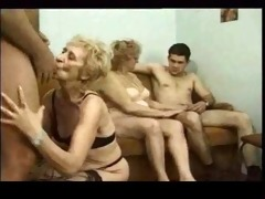 classic mature - granny video r20