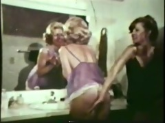lesbian peepshow loops 537 70s and 80s - scene 1