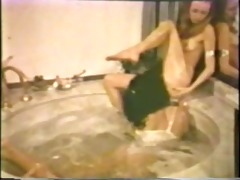 lesbian peepshow loops 534 70s and 80s - scene 1