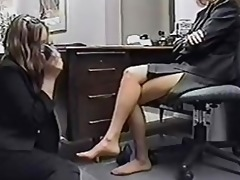 secretary worships older feet