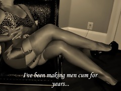 mature slut teases in retro lingerie (slideshow)