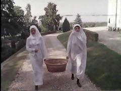 mf 1726 - perverse nonnen