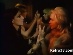 ideal retro girlsongirls with dildo