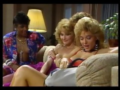 nasty girls like it big lesbo scene
