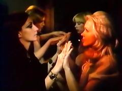 consummate retro lesbian babes with vibrator